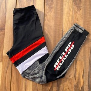 Young and reckless black leggings sport M